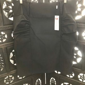 NWT Kate Kasin Rouched Stretch Skirt